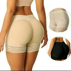 Brazilian butt lifter buttock with foam pad